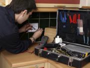 In unserem Kalibrierlabor kalibrieren wir Feuchte, Temperatur und Strömung und erstellen entsprechende Kalibrierscheine